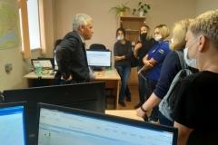 Владимир Белоусов и обучающиеся УМЦ по ГО и ЧС