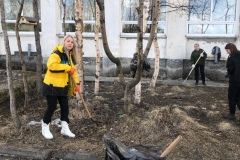 Ия Курляндская, Эльвира Сусленкова, Мария Осадченко на субботнике