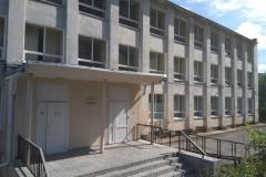 Здание УМЦ по ГО и ЧС в Коле по адресу проспект В. Миронова, 4А