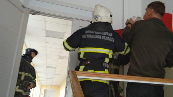 Плановая проверка пожарных кранов в УМЦ