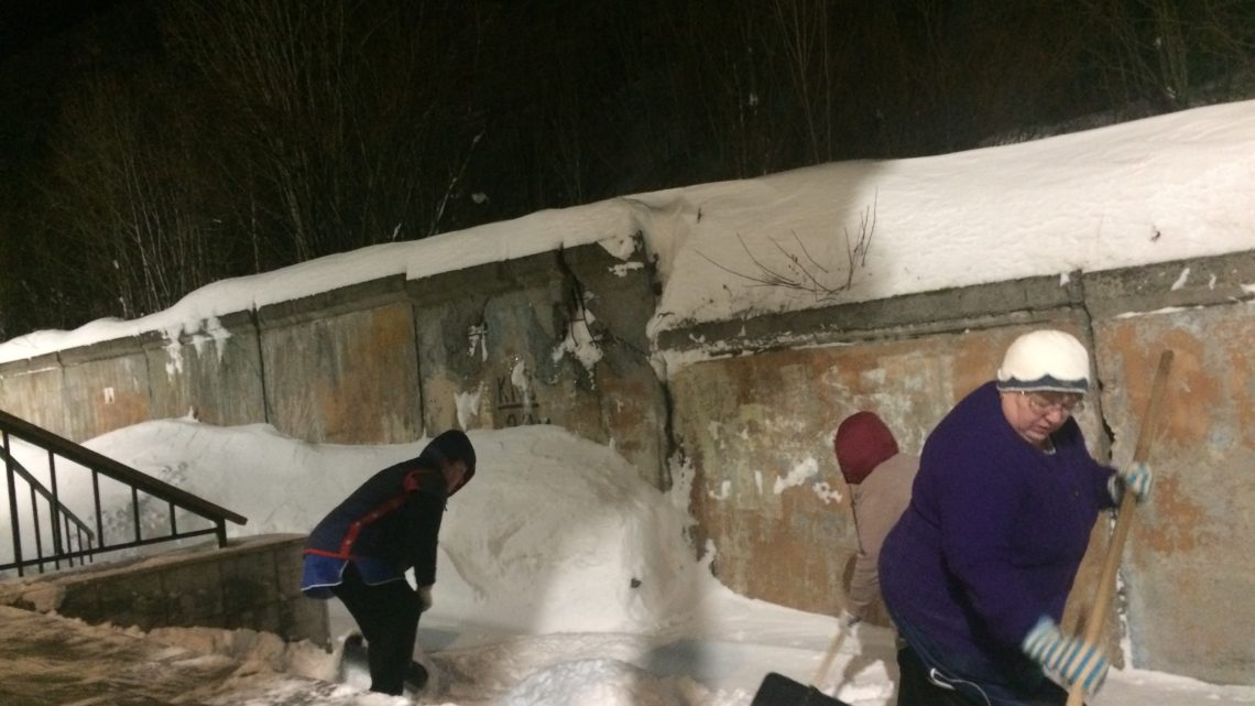Субботник в УМЦ: все на уборку снега!